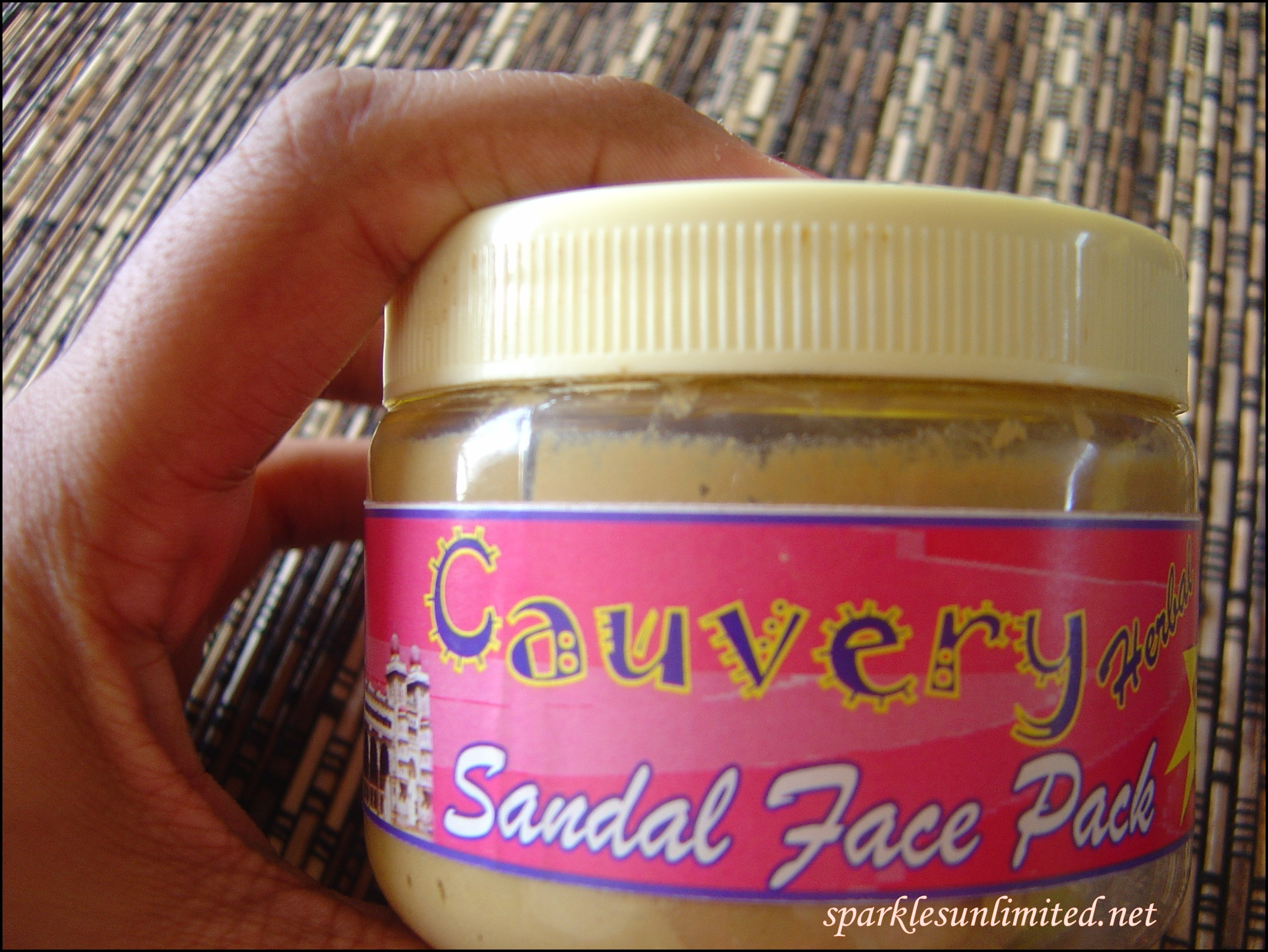 Cauvery sandal face pack