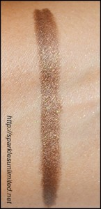MAC Pearl Glide Intense Eye Liner in Lord It Up