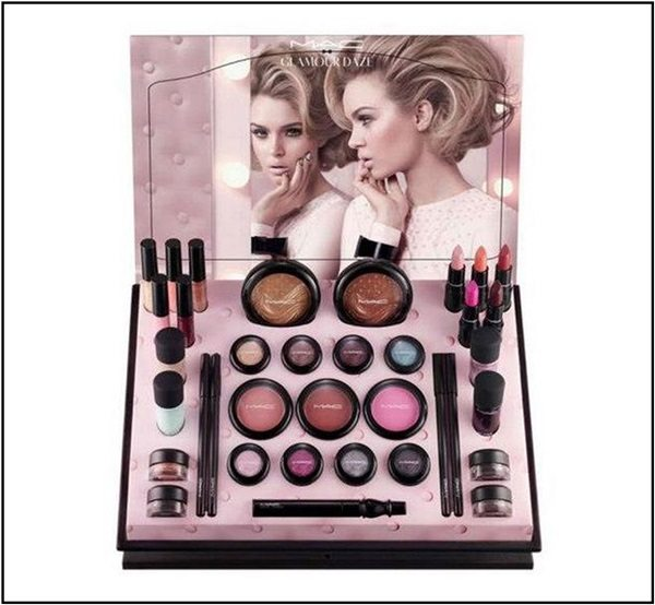 MAC-Glamour-Daze-Collection-Display