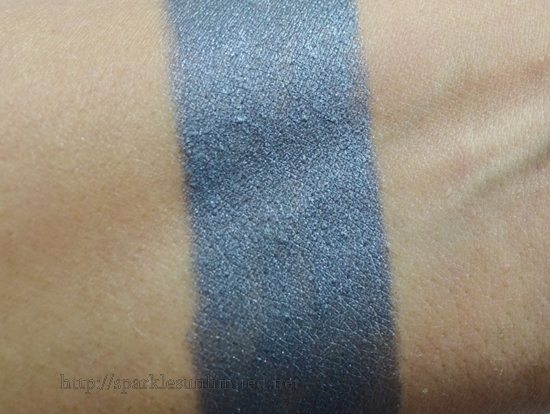 Rimmel Scandaleyes Eyeshadow Stick/Crayon 004 GUILTY GREY & 009 BLAMED BLUE,Rimmel Scandaleyes Eyeshadow Stick/Crayon ,Rimmel Scandaleyes Eyeshadow Stick/Crayon Review,Rimmel Scandaleyes Eyeshadow Stick/Crayon Swatches,Rimmel Scandaleyes Eyeshadow Stick/Crayon 004 GUILTY GREY & 009 BLAMED BLUE Review,Rimmel Scandaleyes Eyeshadow Stick/Crayon 004 GUILTY GREY & 009 BLAMED BLUE Swatches, Rimmel India