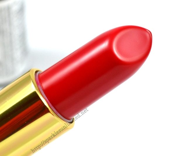 Revlon Super Lustrous Lipstick LOVE THAT RED, Revlon Super Lustrous Lipstick LOVE THAT RED Review, Revlon Super Lustrous Lipstick LOVE THAT RED Swatches,Revlon Super Lustrous Lipstick , Revlon Super Lustrous Lipstick Review,Revlon Super Lustrous Lipstick Swatches, Revlon India, Revlon Cosmetics, Revlon