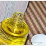 Clarins SANTAL Face Treatment Oil,Clarins SANTAL Face Treatment Oil Review, Clarins Face Treatment Oil, Clarins, Clarins India